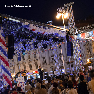 French dancing event turns Ban Jelačić square into the biggest dance floor!